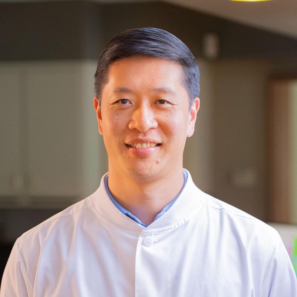 Dr. Tsai Photo